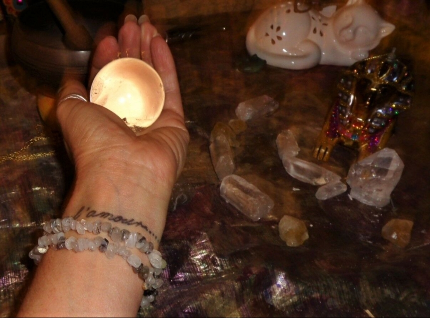 Heku – Magical Crystals, Gemstones and Minerals of the AncientEgyptians